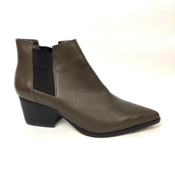 067bf2d2ece STEVEN Steve Madden Macks Leather Chelsea Boots 7